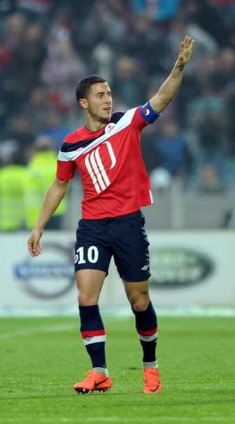 save off be7d3 9d61e Eden Hazard celebrates after scoring a goal in Lille vs ...
