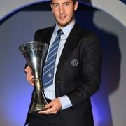 Eden with his award of Player of the year at Chelsea 2014