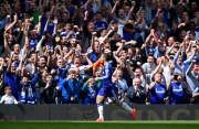 Eden Hazard wins the 2014 title with Chelsea.jpg (17)