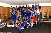 Eden Hazard wins the 2014 title with Chelsea.jpg (29)
